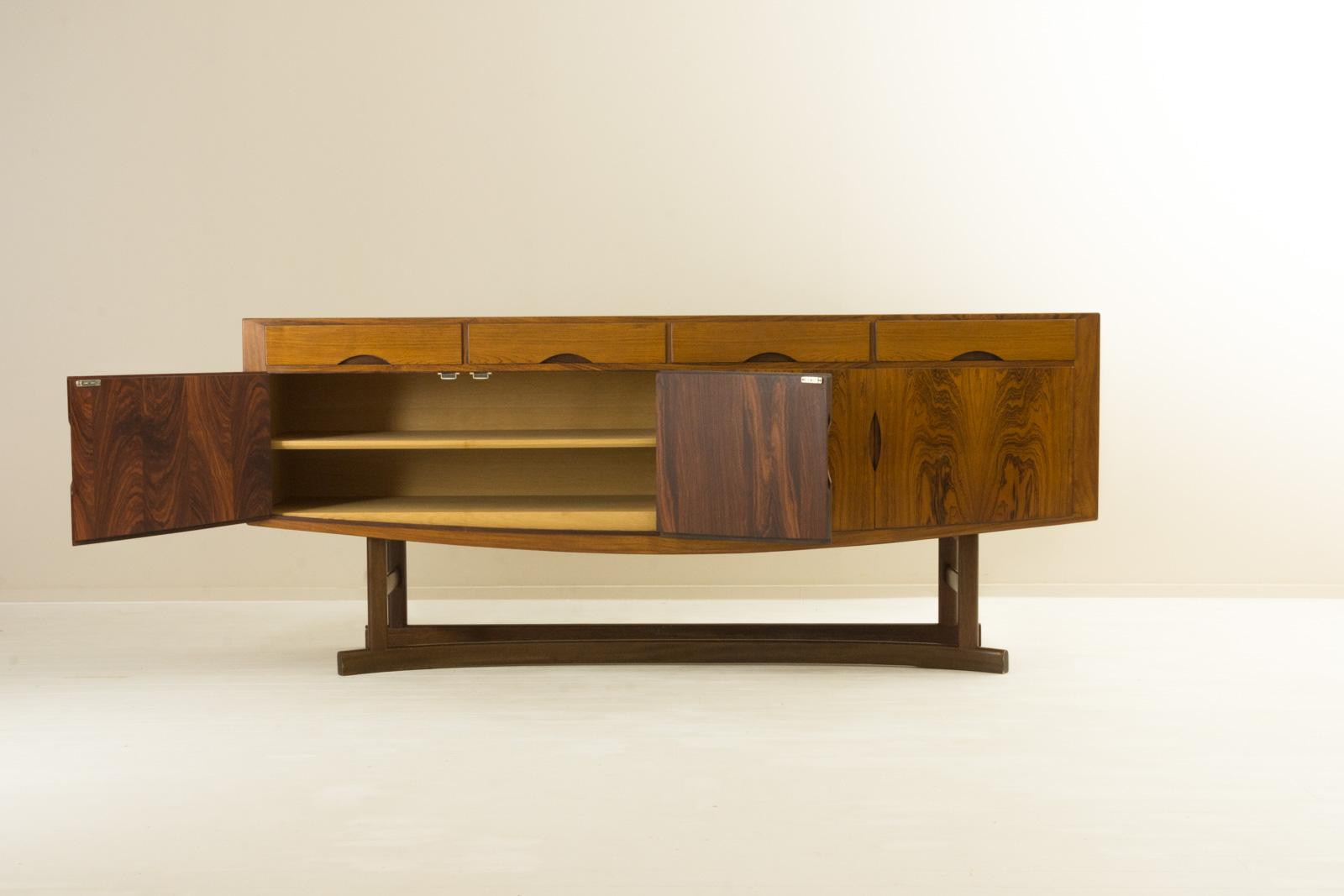 HB20 Sideboard by Johannes Andersen