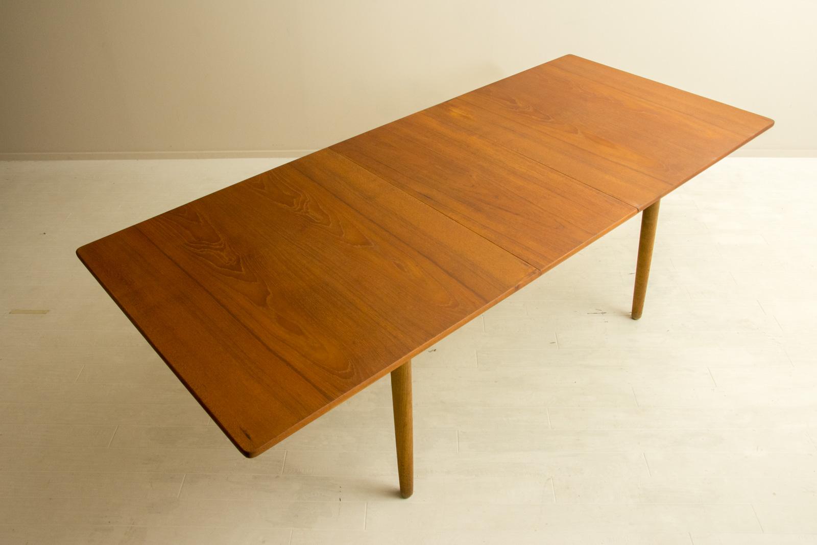 AT310 Dining Table by Hans J Wegner