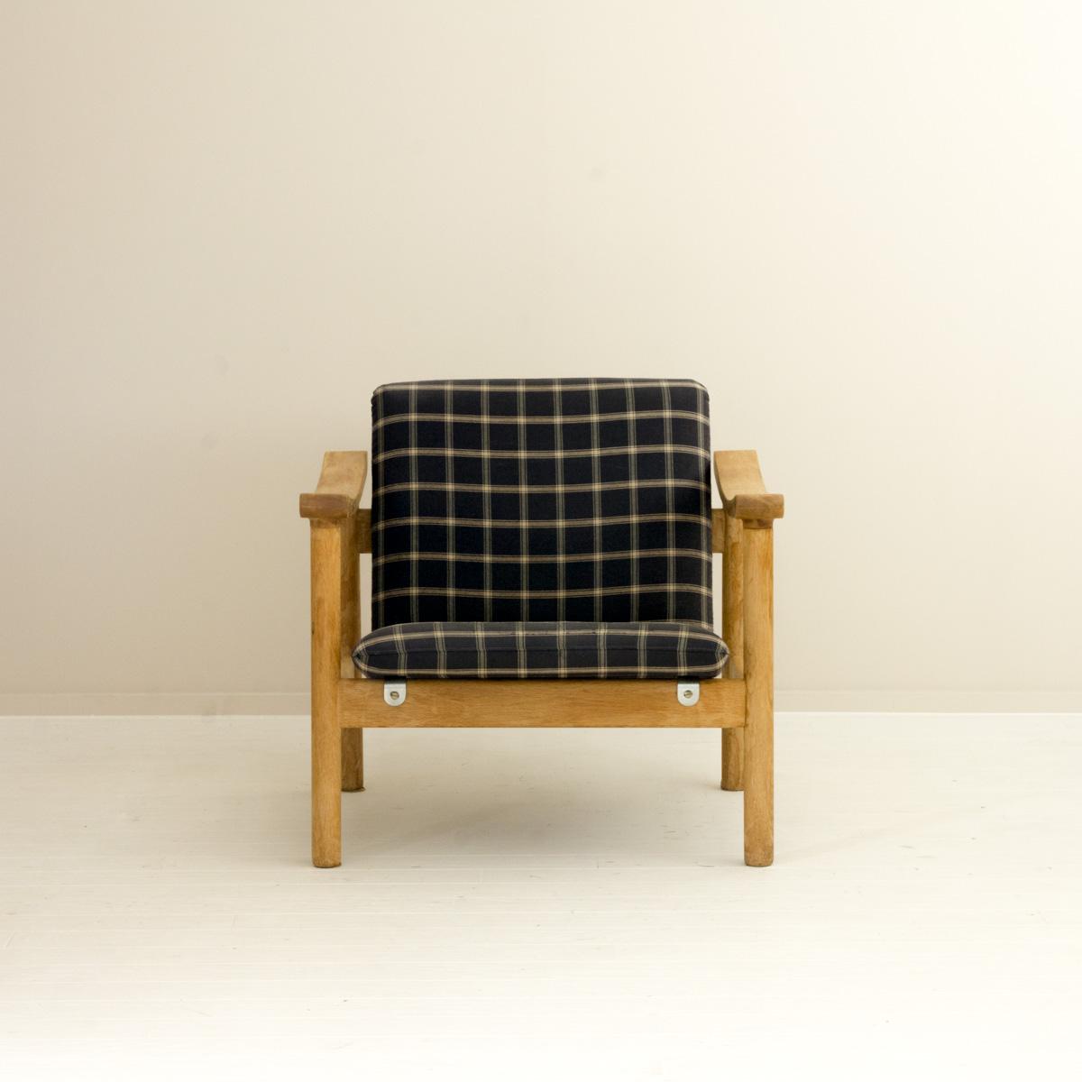 GE280 Easy Chair by Hans J Wegner