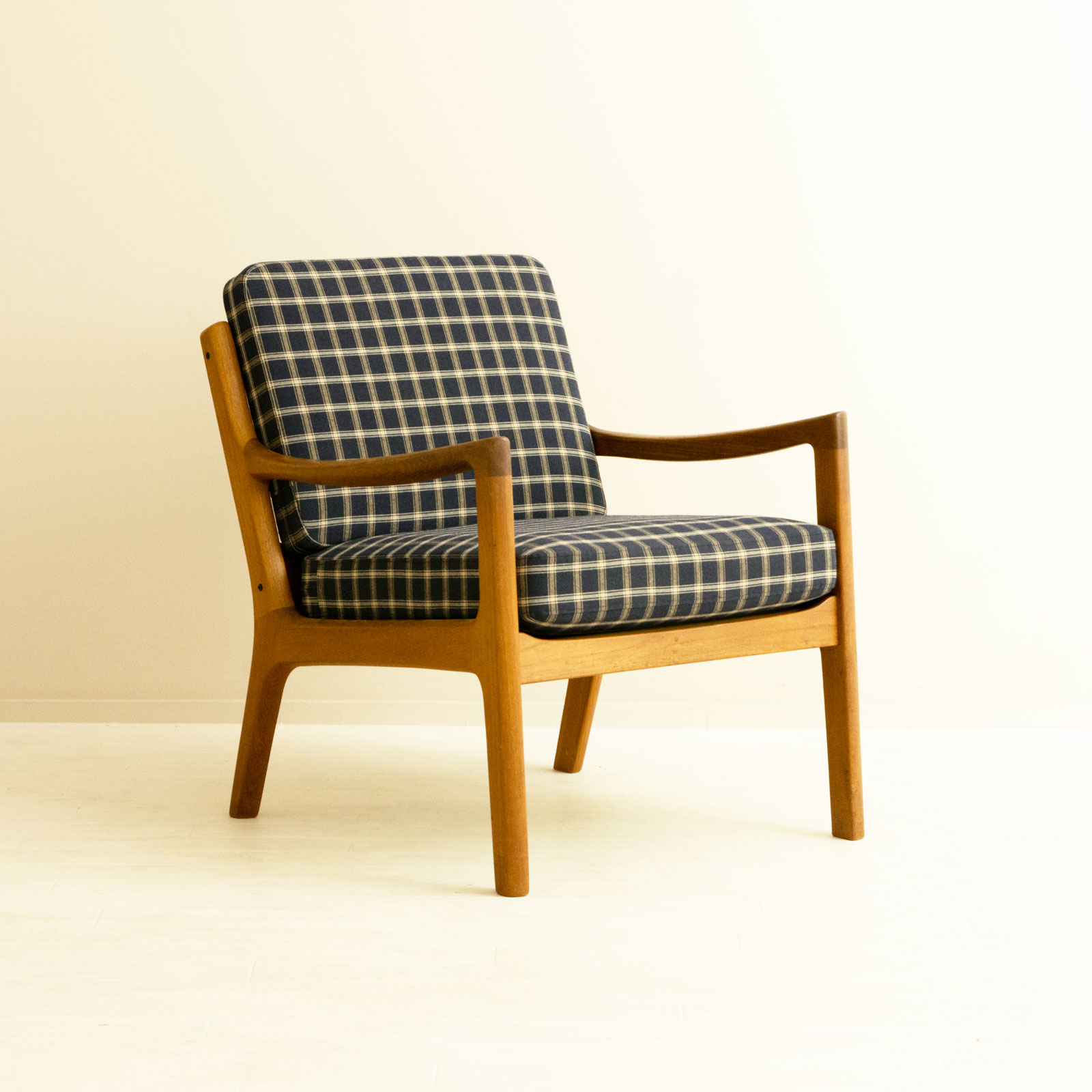 #166 Arm Chair by Ole Wanscher