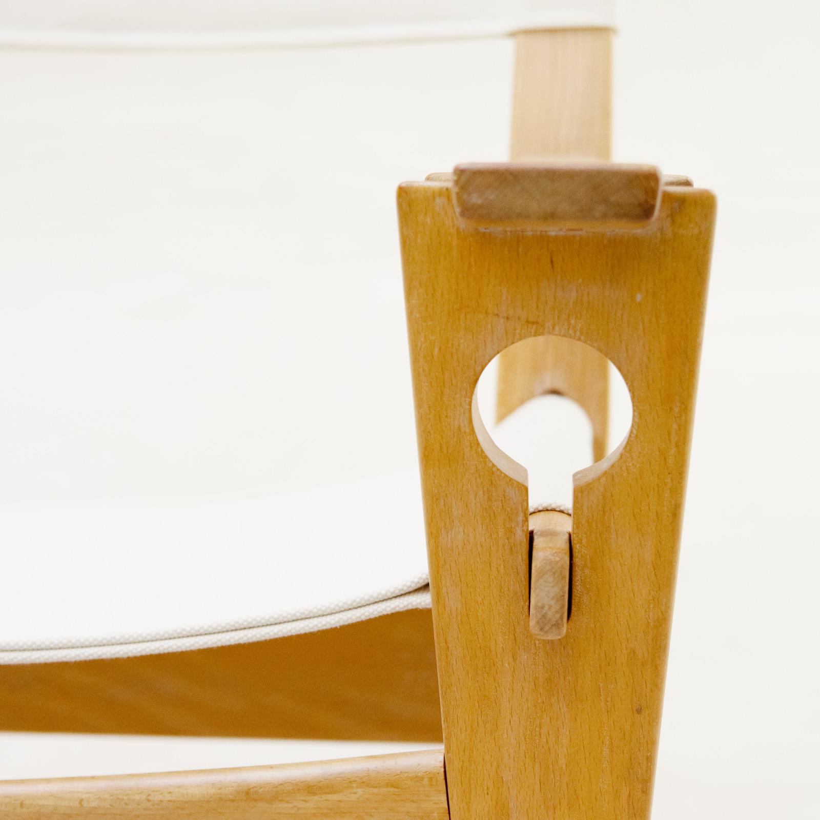 GE673 Keyhole Rocking Chair by Hans J Wegner