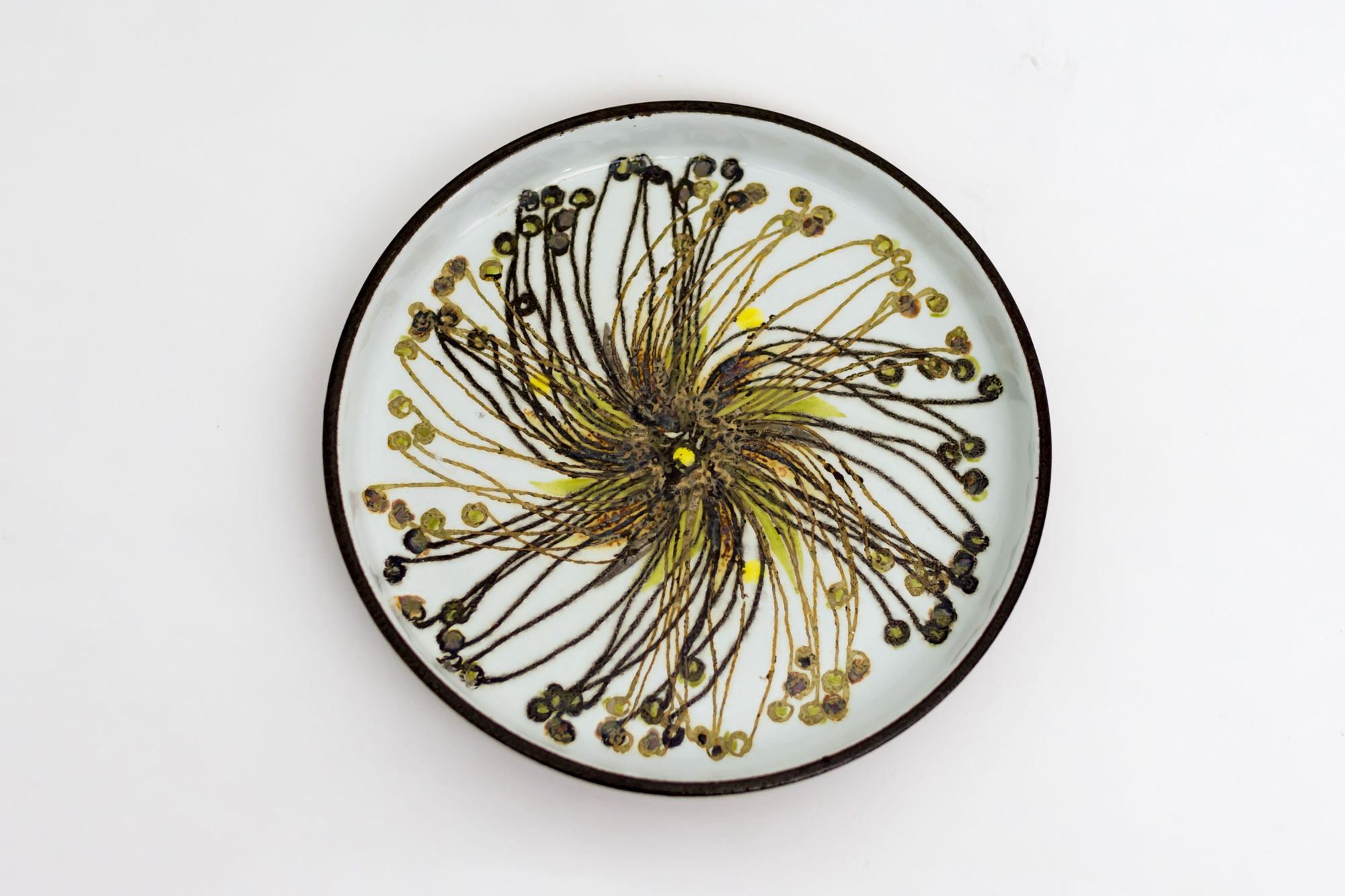 Circle Dish by Ellen Malmer