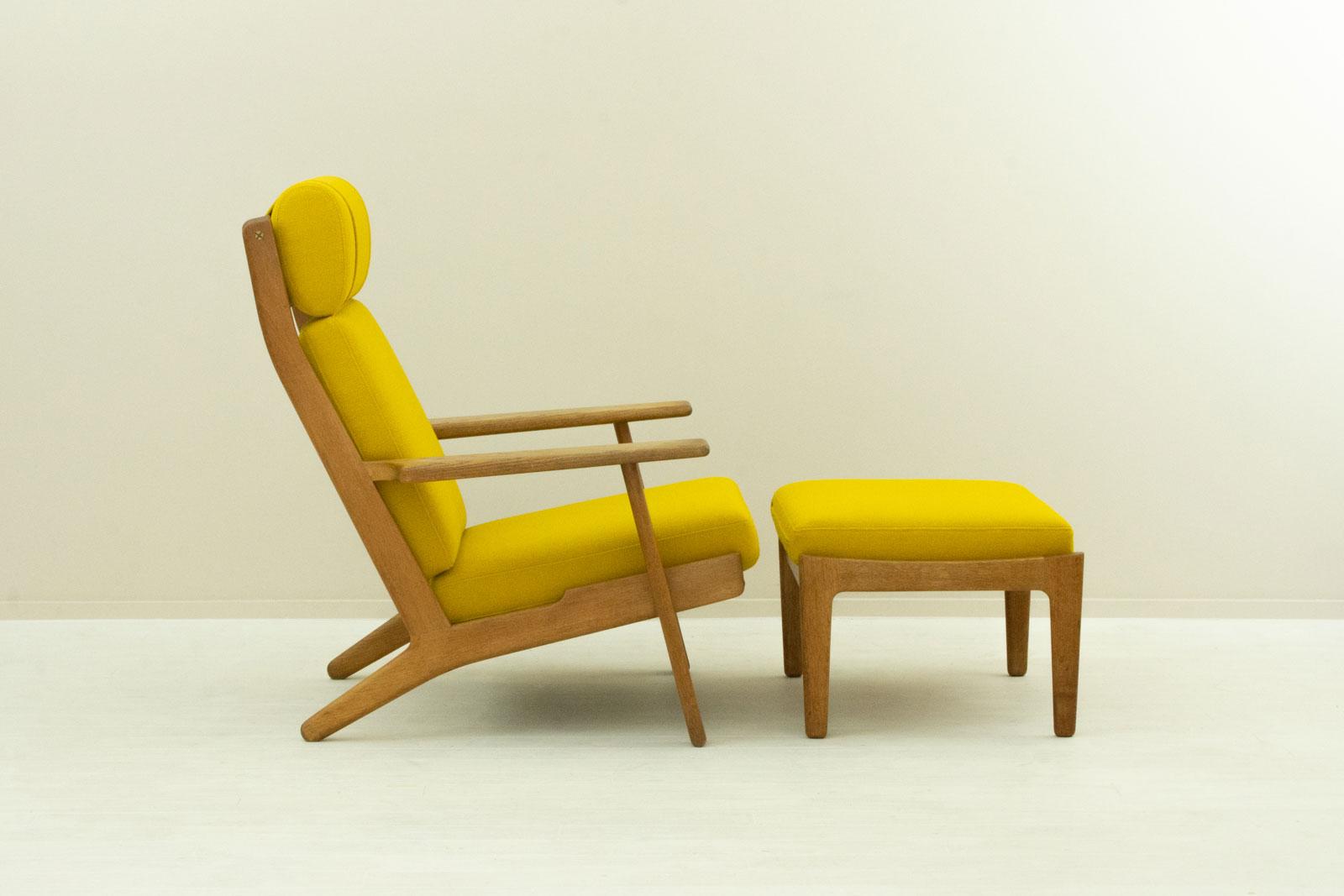 GE290A High back Chair + Ottoman by Hans J Wegner