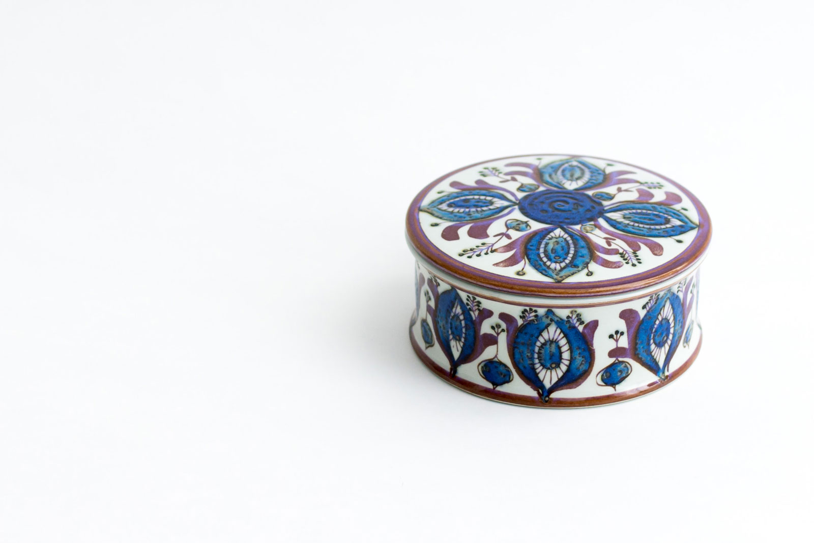 Trinket box designed by Berte Jessen