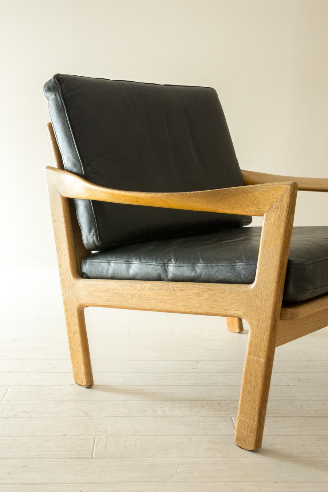 Single Sofa by Illum Wikkelso