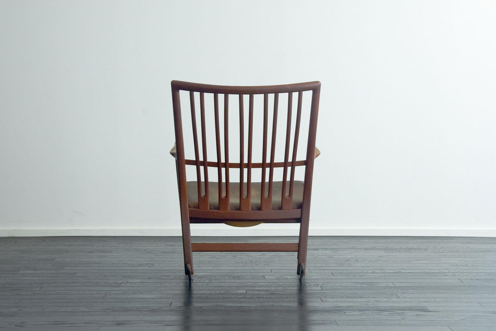 ML-33 Rocking Chair by Hans J Wegner
