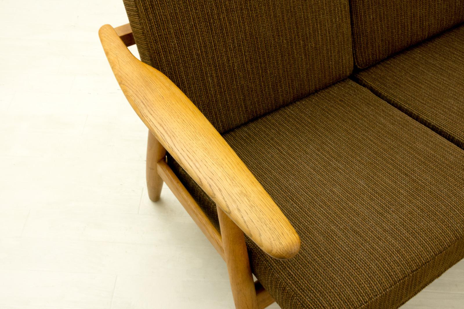 GE240 3seater Sofa by Hans J Wegner