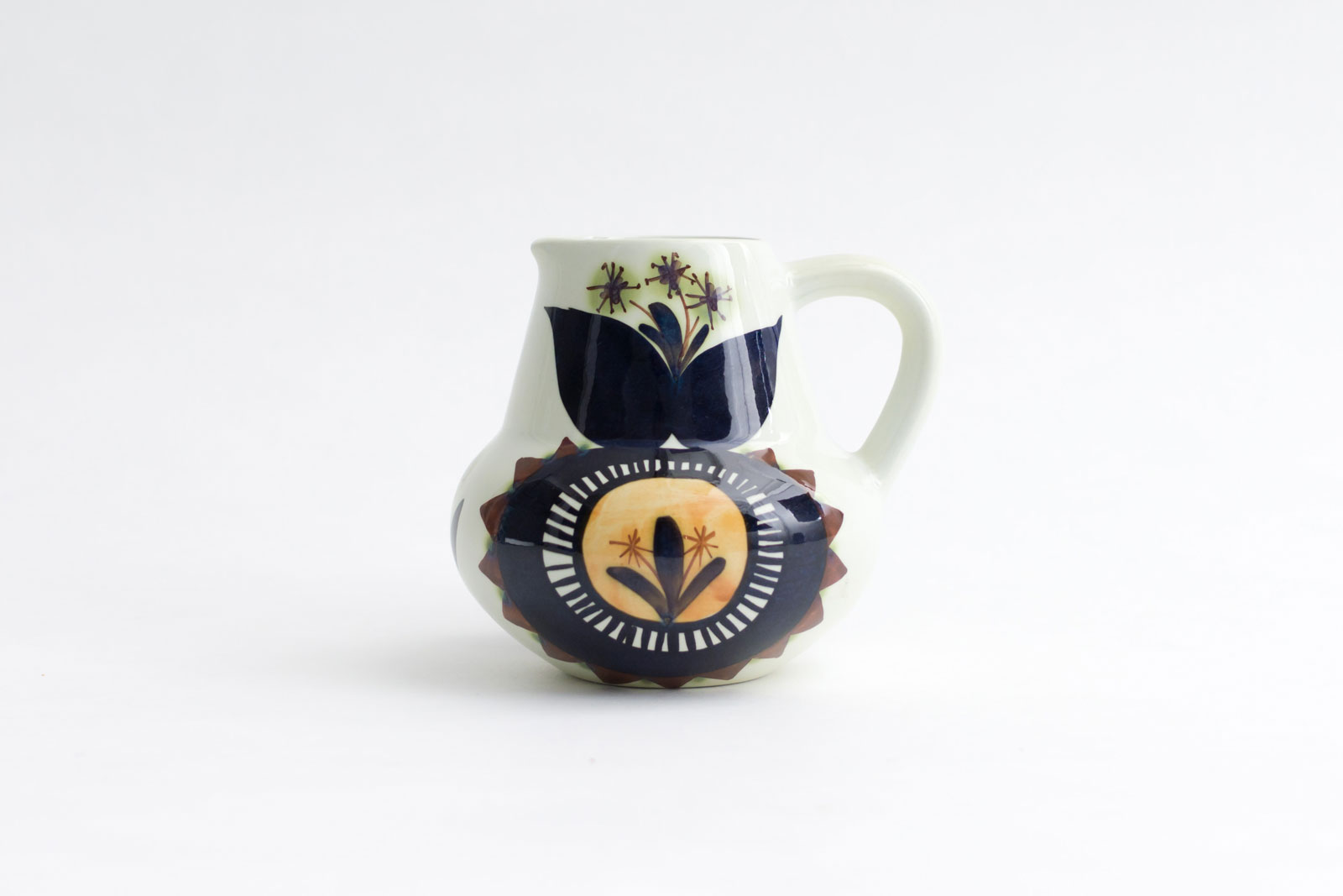 Jug designed by Marianne Johnson