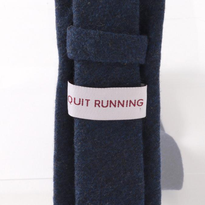 英国ブランドQuit Running ウールタイ  プレーン カーボンブルー 無地 クイトランニング ギフトBOX付 ハンドメイド