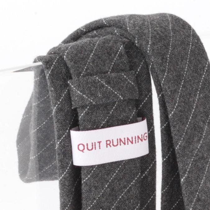 英国ブランドQuit Running ウールタイ  チャコール クイトランニング ギフトBOX付 ハンドメイド