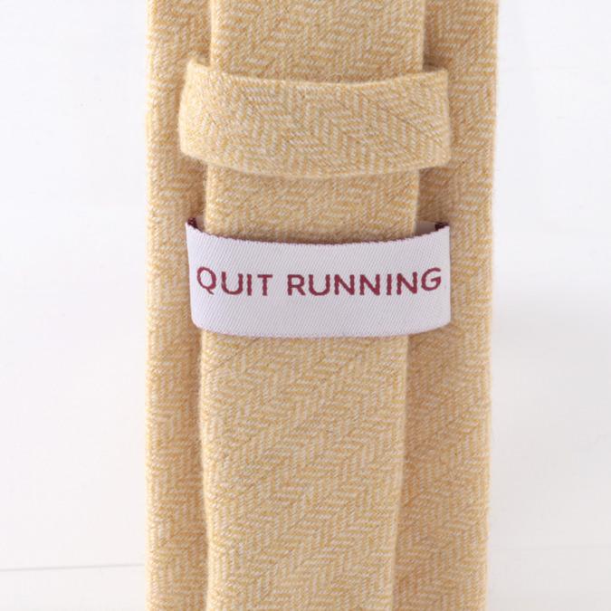 英国ブランドQuit Running ウールタイ  クリーム へリンボーン クイトランニング ギフトBOX付 ハンドメイド