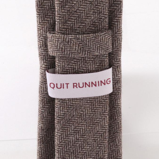 英国ブランドQuit Running ウールタイ  ブラウン へリンボーン クイトランニング ギフトBOX付 ハンドメイド