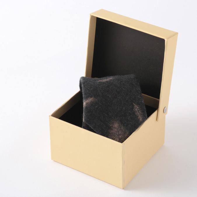 英国ウールネクタイ ハンドメイドツイード Quit Running ウールタイ 英国ブランド 男性 クイトランニング ギフト BOX付 ハンドメイド 手洗い洗濯OK 就職祝い メンズ シンプル トラッド