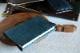 サイズの選べるブックカバー ペトロリオ