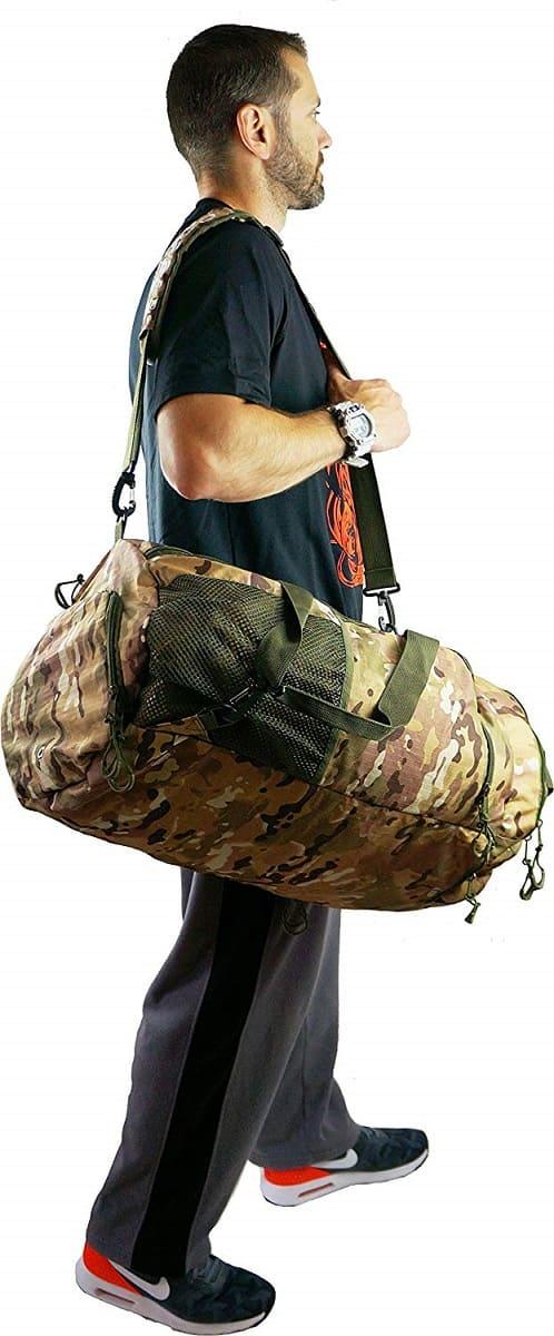 スポーツダッフルバッグ