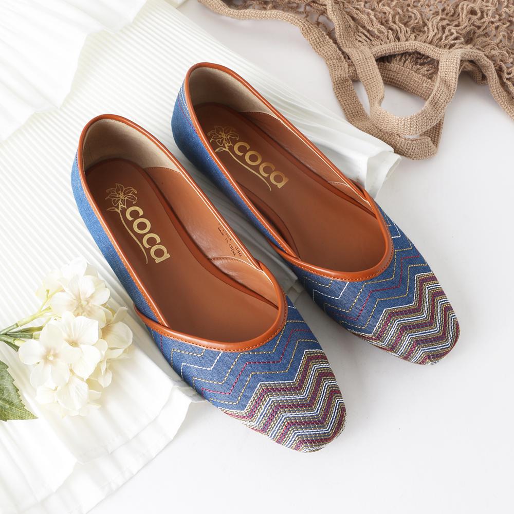 <121004-2111> coca / コカ エスニック ローヒール リラクシー パブーシュ 2WAY パンプス ブルー