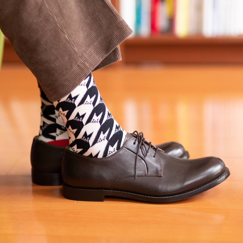 London Shoe Make THE SOCKS| No,418903 千鳥格子柄/ Houndstooth 猫 日本製 メンズソックス レッド 【返品・交換不可】
