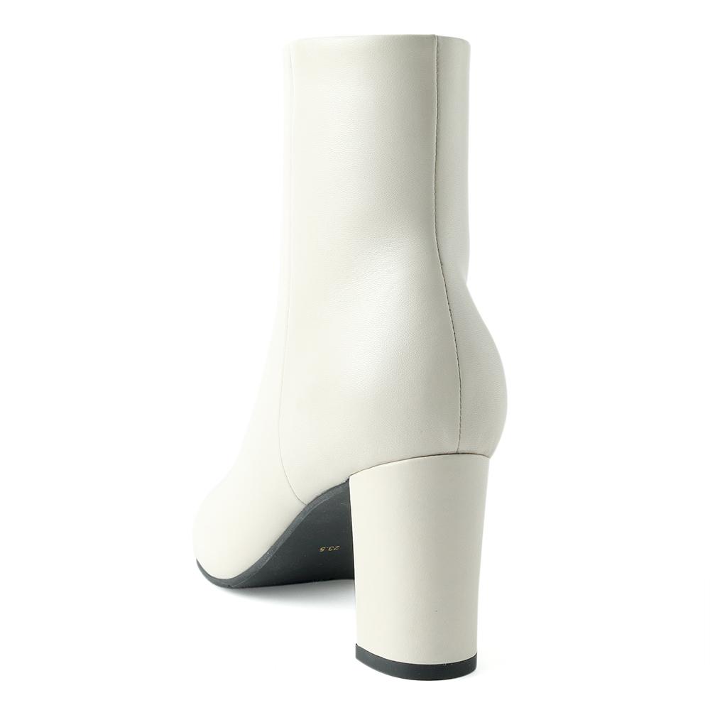 <421014-2121> coca / コカ 本革 7.5cm ストレートヒール ショートブーツ ホワイト