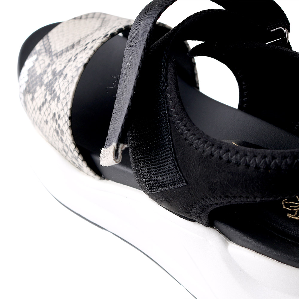 <121021-2111>coca / コカ ダブルベルト 厚底 歩きやすい スポーツサンダル スネーク