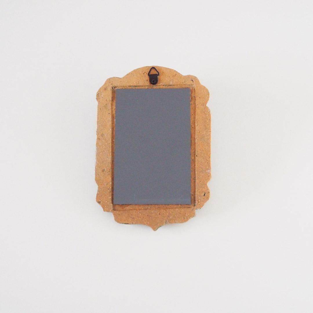 ひつじの壁掛け鏡