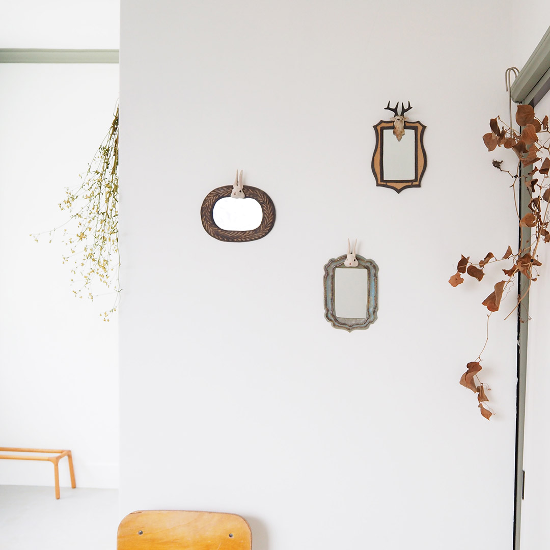 ヘラジカの壁掛け鏡