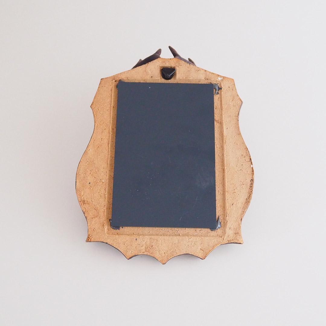 鹿の壁掛け鏡