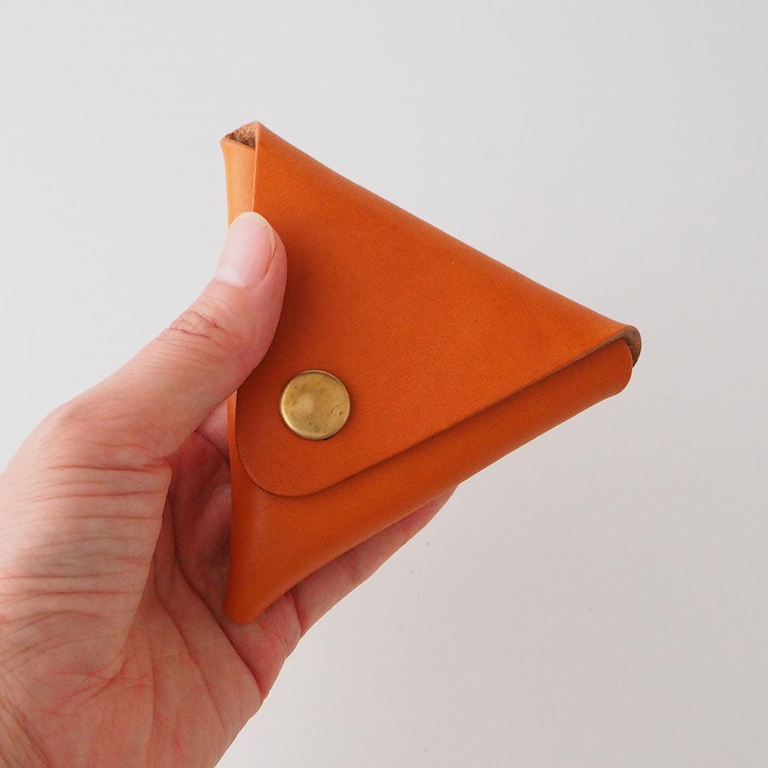 革製トライアングルコインケース