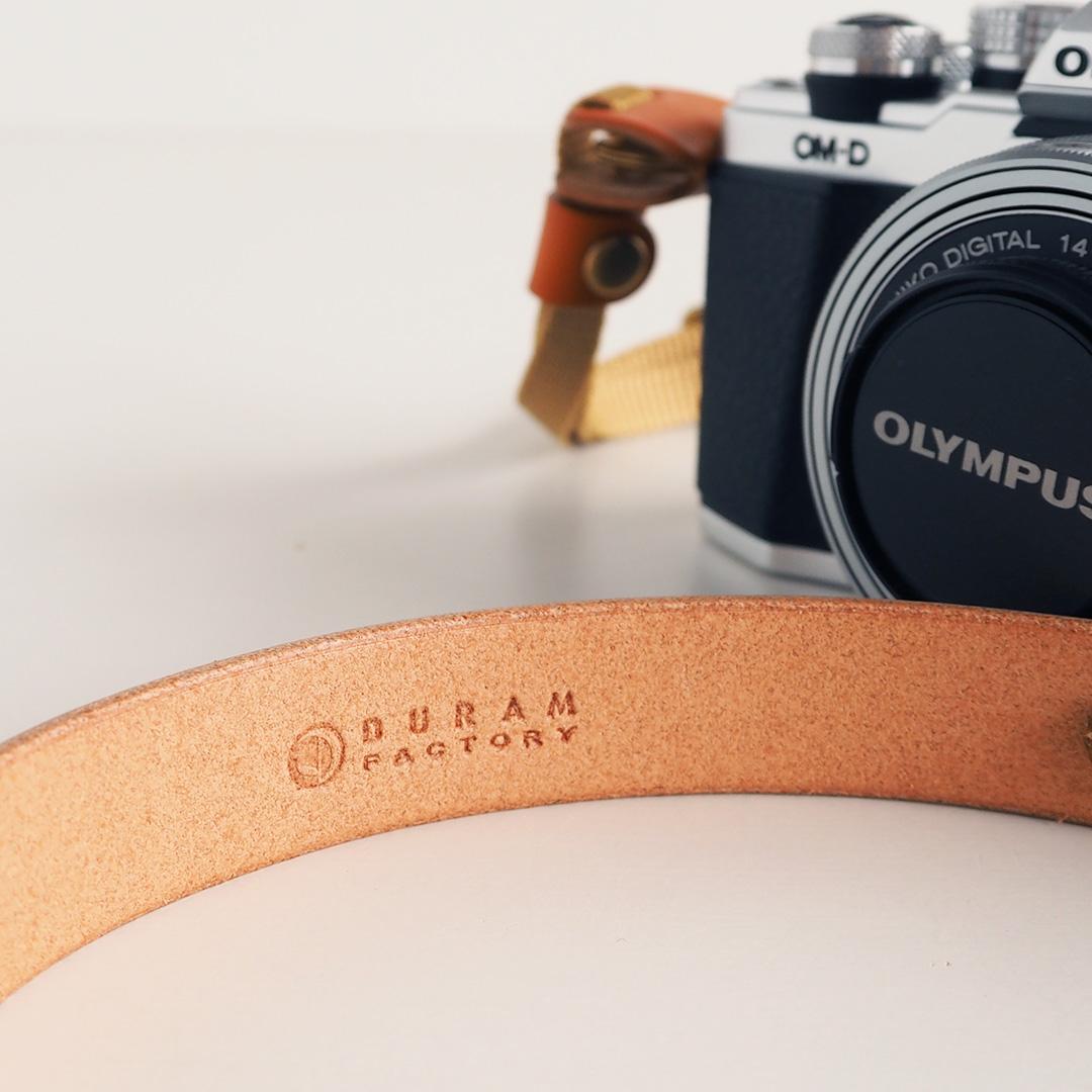 革製カメラストラップ