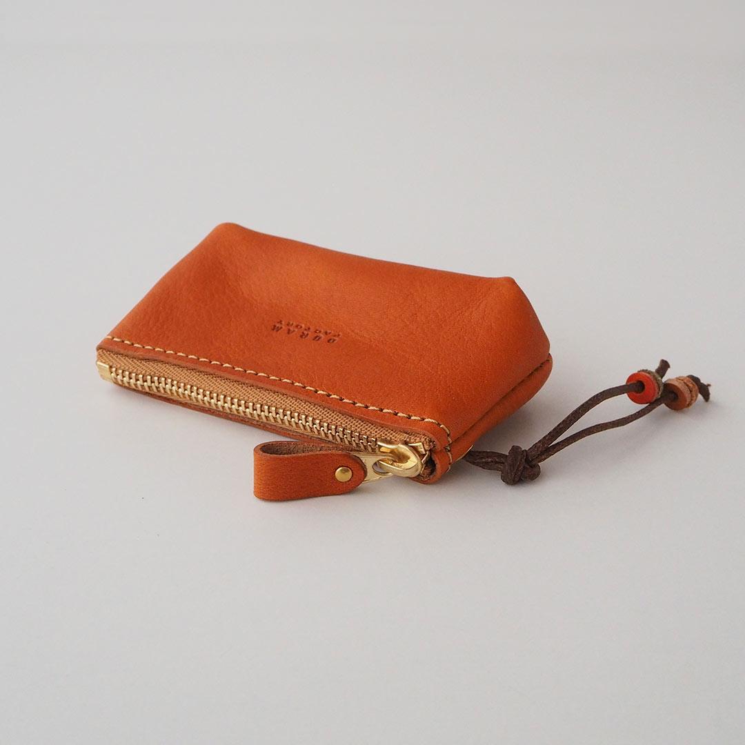 革製ファスナー付きキーケース