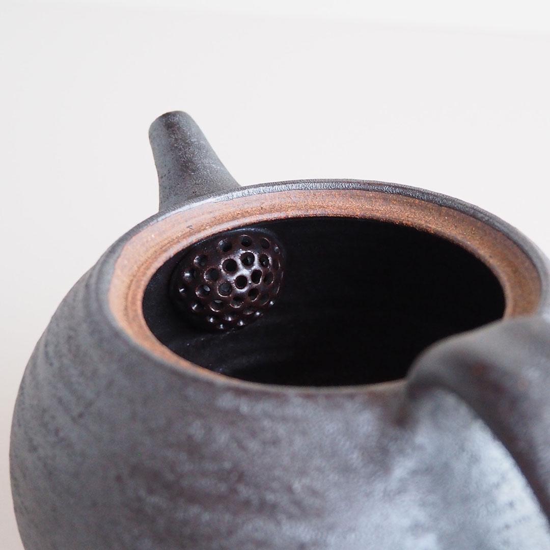 鉄灰釉/ポット/卵形/800cc
