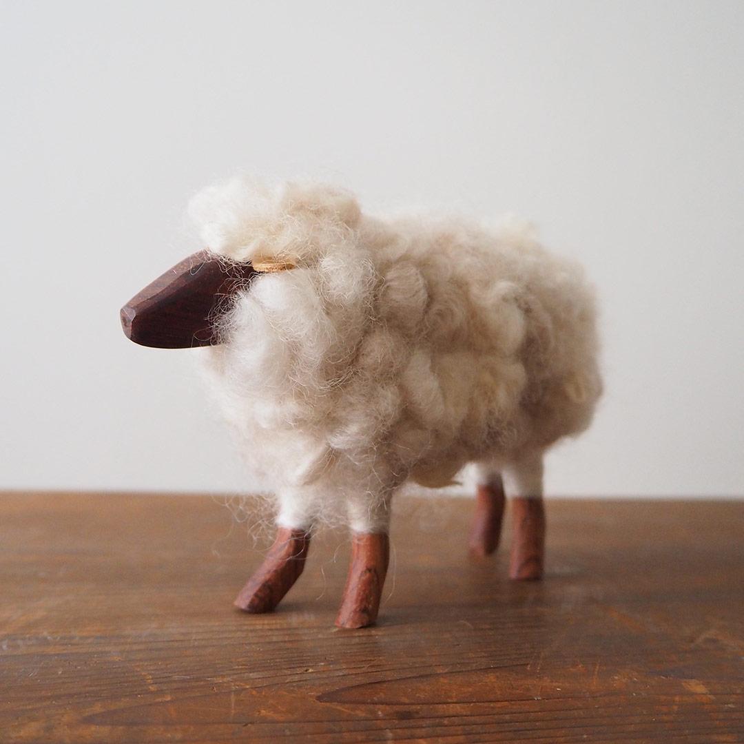 羊の置物(白いひつじ)/大