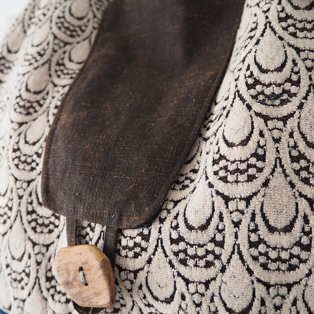 古着の布と久留米絣のラウンドバッグ