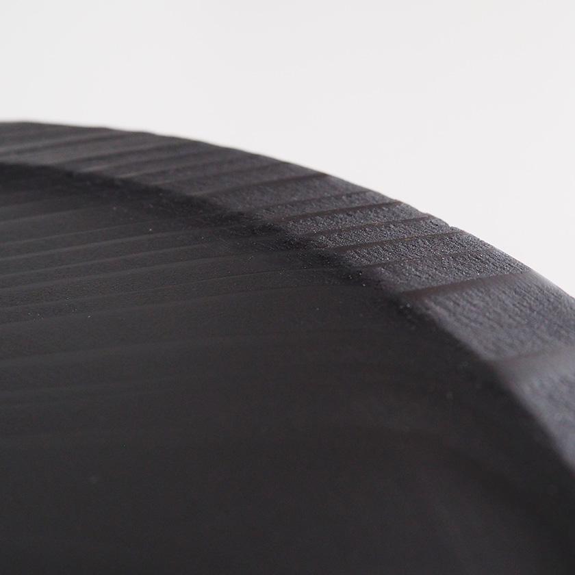 糸島杉のリム皿/墨黒/18cm