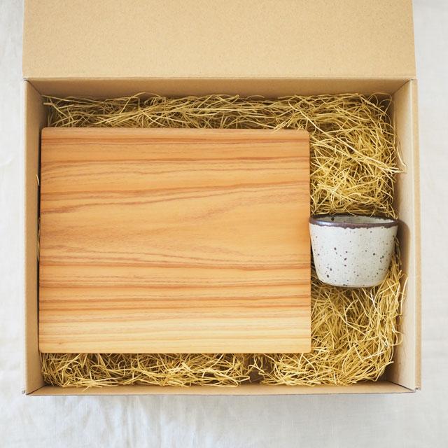 糸島杉の角皿と蕎麦猪口のセット