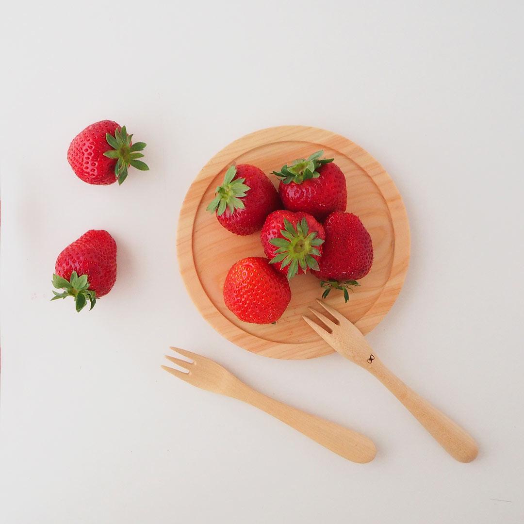 箱入りギフト/ひのきのお皿とフォークの2点セット