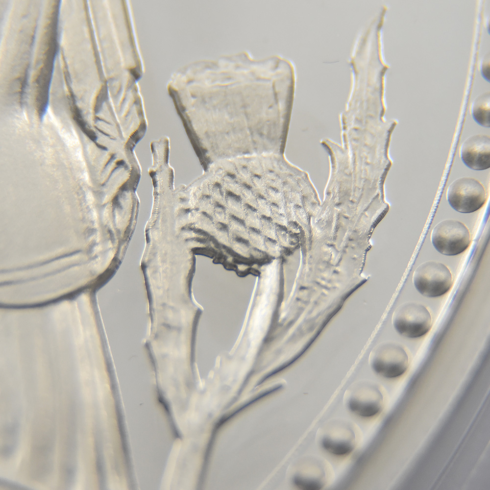 2020 エリザベス2世 スリーグレーセス 500ポンド1キロプルーフ銀貨 ロイヤルミント発行 未鑑定 箱付き