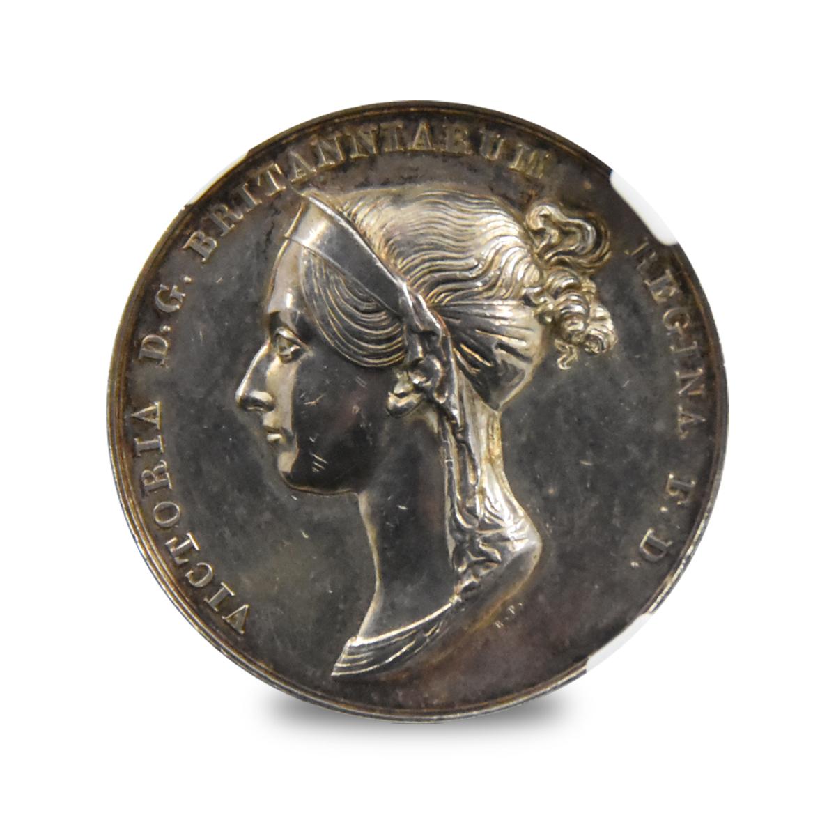 1838年 ヴィクトリア 公式戴冠記念銀メダル NGC AU58