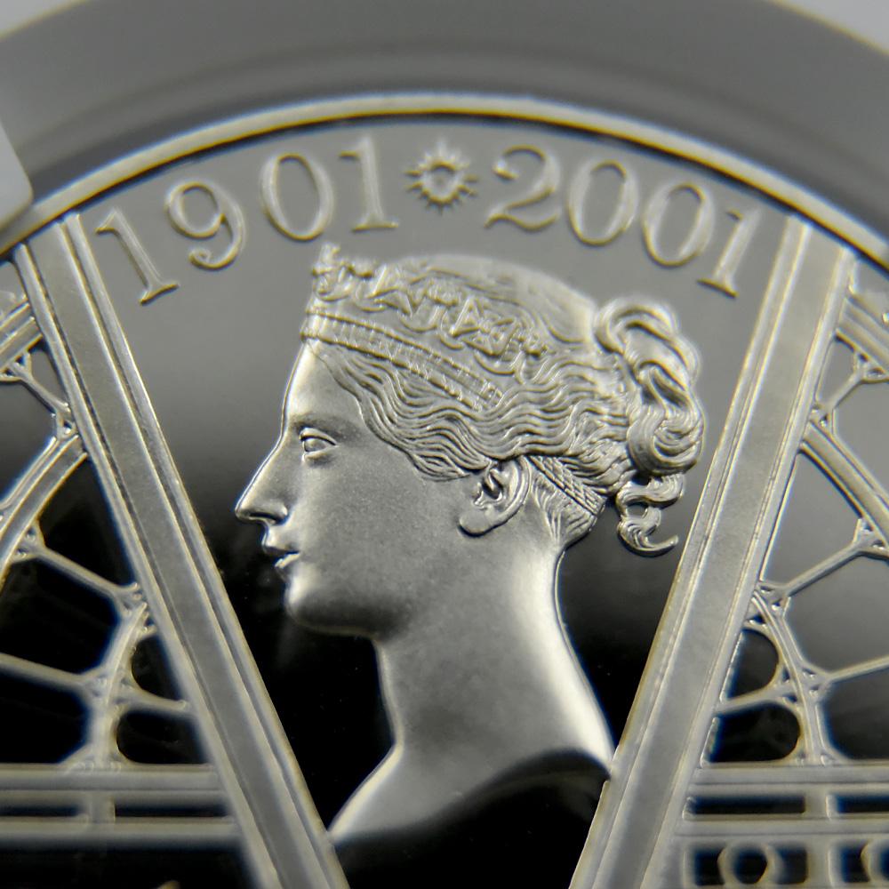 2001 エリザベス2世  ヴィクトリア女王死去100年記念 5ポンド銀貨 NGC  PF70UC