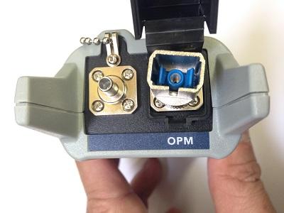 高出力対応で可視光源も搭載可能光パワーメータ FX40