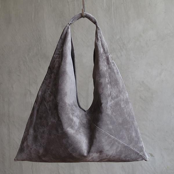 L1650 ウォッシャブル(洗えるレザー) トライアングルバッグ グレイ [washable triangle bag / gray]