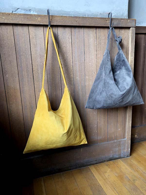 L1427 ウォッシャブル(洗えるレザー) タイショルダーバッグ グレイ [washable tie shoulder bag / gray]