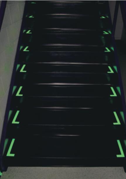 蓄光ステッカー/階段用蓄光ステッカー
