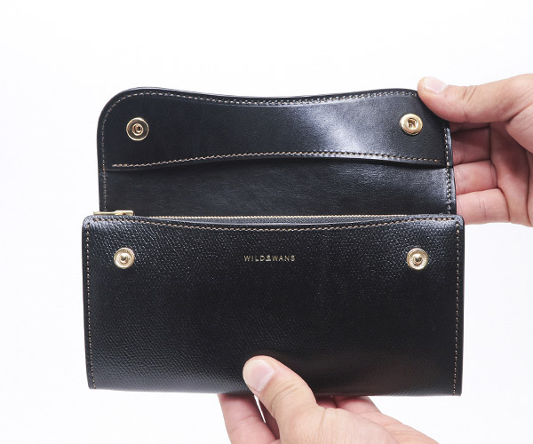 【選べるノベルティ付】ワイルドスワンズ×クールキャット サドルプルアップレザー ウェイブ 長財布(カラー:ブラック)