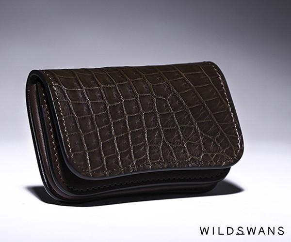 【選べるノベルティ付】ワイルドスワンズ クロコダイル ジェネラル カードケース(カラー:チョコ) WILD SWANS