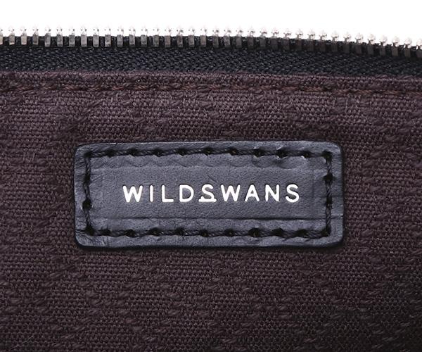 【選べるノベルティ付】ワイルドスワンズ モンパルナス フラット M ポーチ(カラー:ブラック)MONTPARNASSE FLAT  WILD SWANS