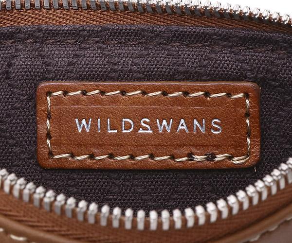 【選べるノベルティ付】ワイルドスワンズ モンパルナス フラット S ポーチ(カラー:キャメル)MONTPARNASSE FLAT  WILD SWANS