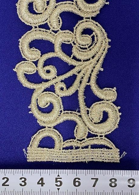 024-30536C<br>棒金 ケミカル ブレード<br>生地 布 布地 高級 セレブ感 ラメ レース ブライダル ウェディング 発表会 コーラス コスプレ衣装 ステージ衣装 装飾 モチーフ ブレード 衣装生地 コスチューム ドレス レース 日本製
