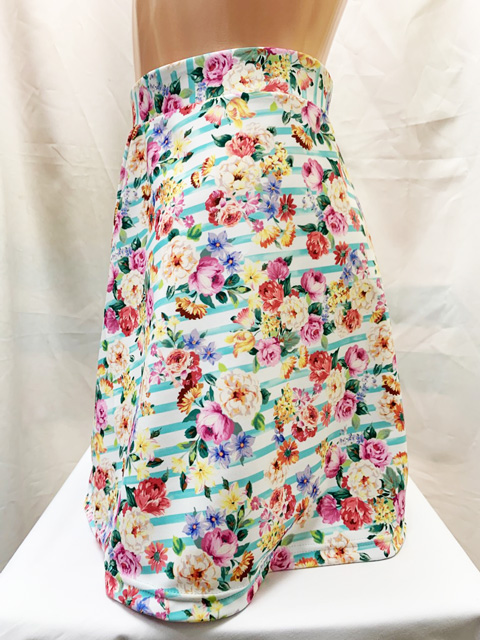 【コスメイトオリジナル】2wayストレッチ生地 シンプルフレアスカート・花柄ボーダー柄◆L・3L