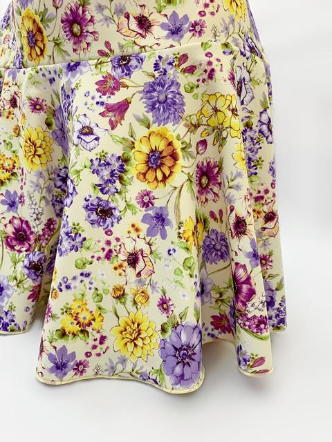 コスメイトオリジナル 花柄二段フレアースカート