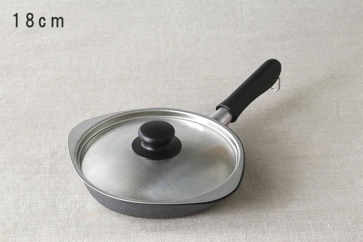 鉄フライパン (柳宗理)